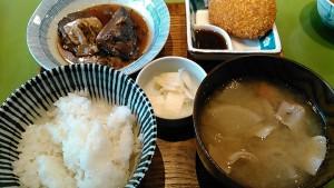サバ味噌定食